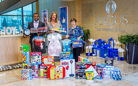 Argus Donates to Toys for Tots